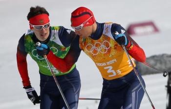 Александр Легков шел на третьем этапе, именно он совершил практически невозможное, вырвавшись на 2-е место! (Фото: ИТАР-ТАСС)