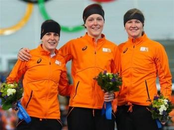В скоростном беге на коньках среди женщин на дистанции 1500 м весь пьедестал почета заняла команда Нидерландов (Фото: sochi2014.com)