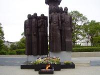 Большой Камень. Памятник погибшим на фронтах Великой Отечественной войны