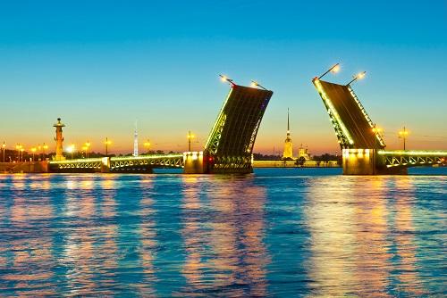 Дворцовый мост символ города фото