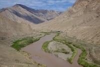 Река Аракс является одной из  основных источников орошения и гидроэнергии в Республике (Фото: Doin Oakenhelm, Shutterstock)