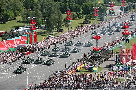 Лукашенко: пройдя сквозь испытания, белорусы заслужили право жить в мире