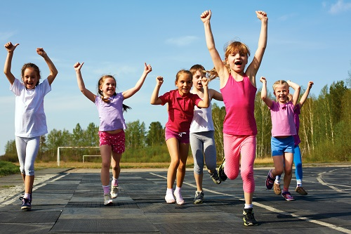 Значение физкультуры и спорта в жизни общества трудно переоценить (Фото: NataSnow, Shutterstock)