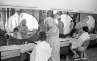 В советское время парикмахерская считалась заурядным предприятием сферы услуг