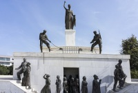 Памятник борцам за независимость Кипра (Фото: airphoto.gr, Shutterstock)