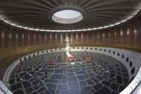 Вечный огонь в комплексе на Мамаевом Кургане (Фото: tantrik71, Shutterstock)
