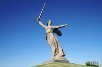 Главной фигурой и композиционным центром всего ансамбля является монумент «Родина-мать зовет!» (Фото: Art Konovalov, Shutterstock)