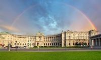 Площадь Героев в Вене - одно из главных мест проведения праздничных мероприятий (Фото: TTstudio, Shutterstock)
