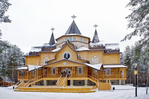 Великий Устюг официально назван родиной российского Деда Мороза (Фото: Ilya Malov, Shutterstock)