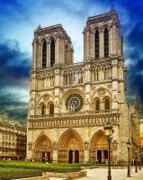 Нотр-Дам де Пари считается главным храмом Парижа (Фото: WDG Photo, Shutterstock)