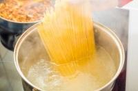 Спагетти являются самыми любимыми макаронными изделиями и в Америке (Фото: delusi, Shutterstock)