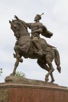 Памятник великому полководцу Узбекистана Тамерлану (Фото: AlenVL, Shutterstock)