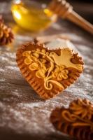 На стол обязательно ставили мед и лакомства из него (Фото: Jure Porenta, Shutterstock)
