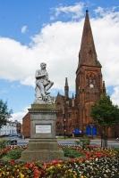 Памятник Бёрнсу в Шотландии (Фото: stocksolutions, Shutterstock)