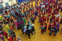 Горожане и участники карнавала переодеваются в средневековые костюмы (Фото: Paolo Bona, Shutterstock)