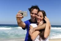 Всемирный день фотографии – праздник всех, кто любит фотографировать и фотографироваться (Фото: mangostock, Shutterstock)