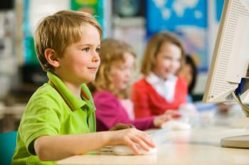 Родители должны регламентировать игровое время, не позволяя ребенку чрезмерно увлекаться