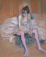 Сидящая танцовщица в розовом трико