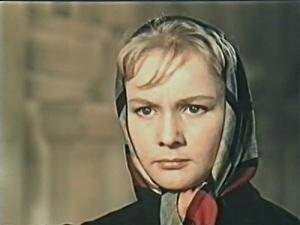 Ия Арепина в фильме «Красные листья» (1958)