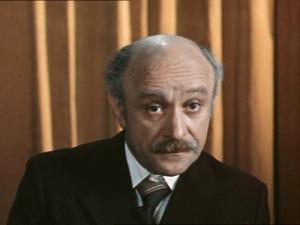 Ролан Антонович Быков в фильме «По семейным обстоятельствам» (1977)