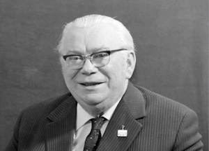 Михаил Михайлович Яншин