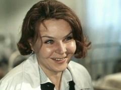 Нина Николаевна Ургант в фильме «Люди, как реки...» (1968)